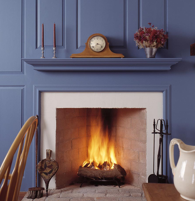 Gallery category indoor classic fireplaces image for Eco friendly fireplace